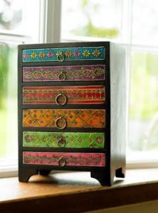 mehandi embossed drawer chest