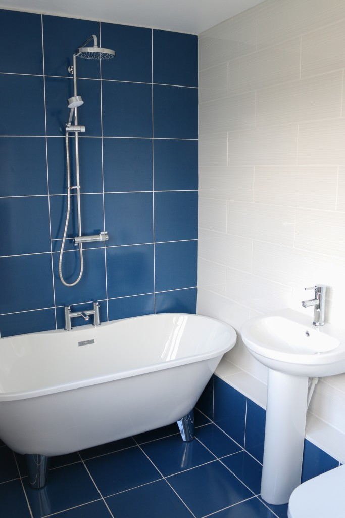 How to transform your bathroom with tiles